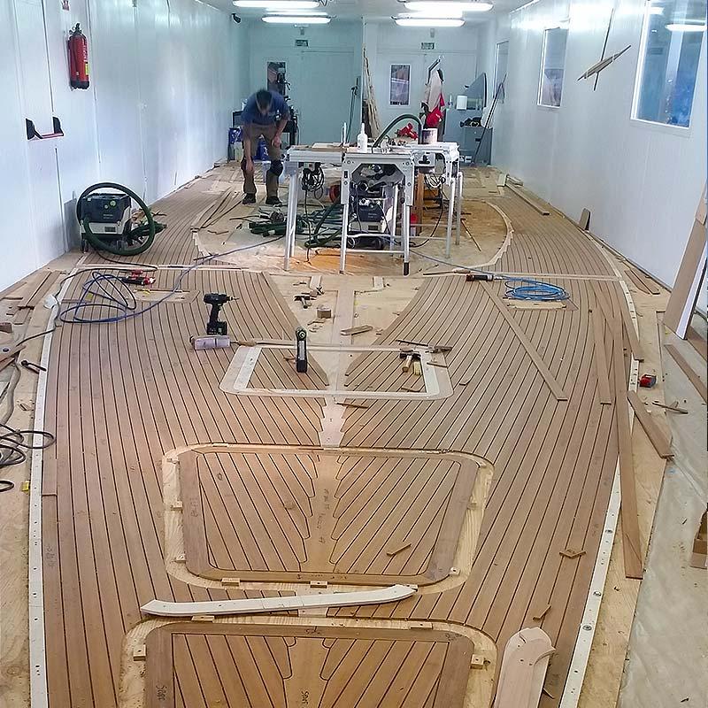 Rifacimento coperta barca a vela - Solaris Yachts Service